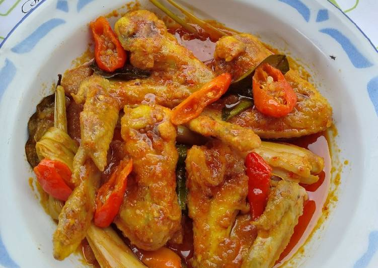 Tengkleng Sayap Ayam Pedas