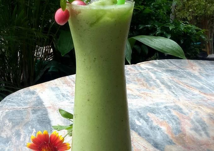 Kanya's Kiwi &  Apple Drink