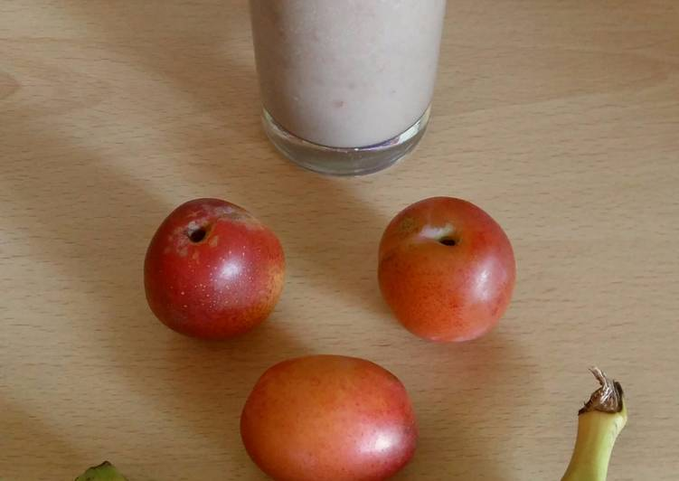 Recipe: Perfect Vickys Banana Plum Smoothie