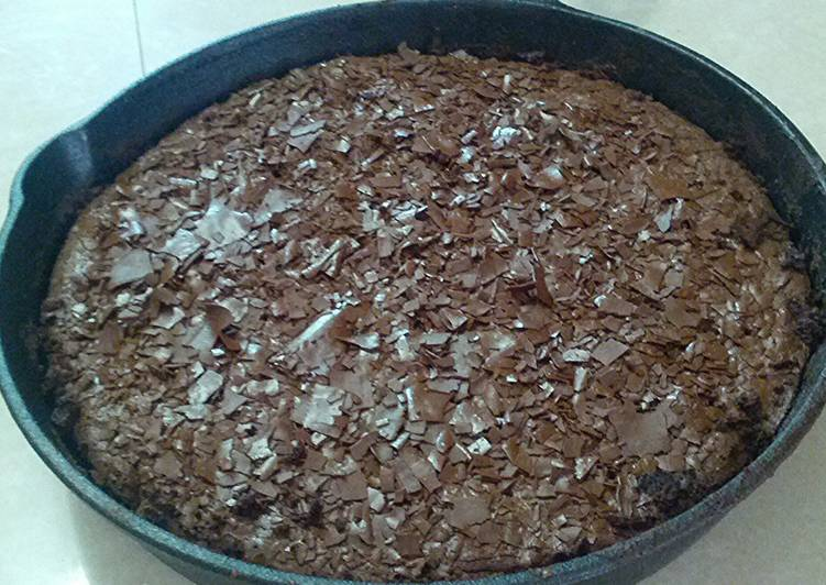 Cast Iron Skillet Brownie