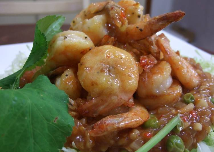Step-by-Step Guide to Prepare Homemade Shrimp with Chilli Sauce or Mayonnaise Sauce