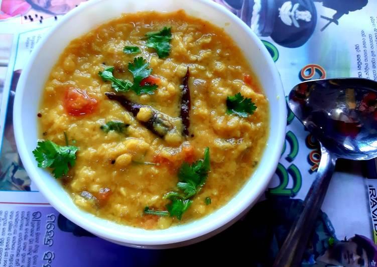 Uttar Pradesh Style Arhar Dal Split pigeon peas soup