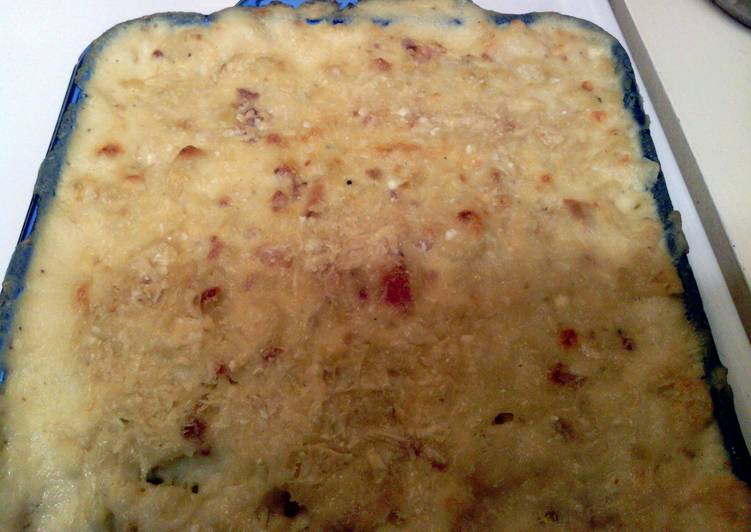 Fontina, Gruyere, White Cheddar and Bacon Macaroni and Cheese