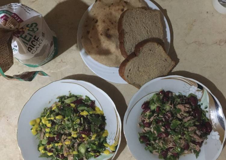 Dark beans tuna salad