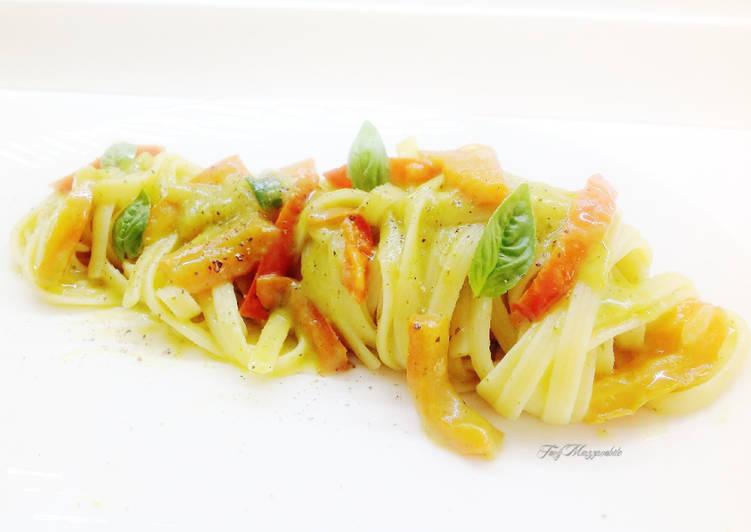 Ricetta Linguine rigate con peperoni e frullato di zucchine fritte