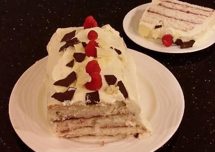 How to Make Speedy White Chocolate Layered Torte with Rasberry and White Chocolate Cream