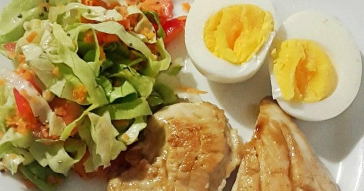 Dieta de pechuga de pollo y clara de huevo
