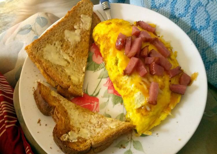 How to Make Perfect easy ham and cheese omelet