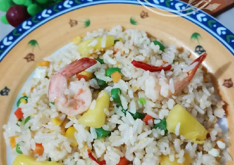 Nasi Goreng Thai (Khao Pad ข้าวผัด)