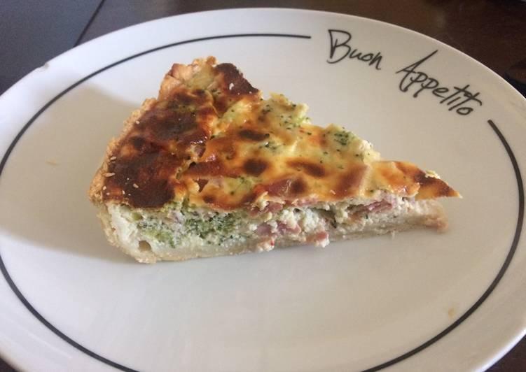 Tarte aux brocolis ricotta et jambon cru