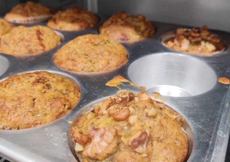 How to Make Speedy Banana Muffins