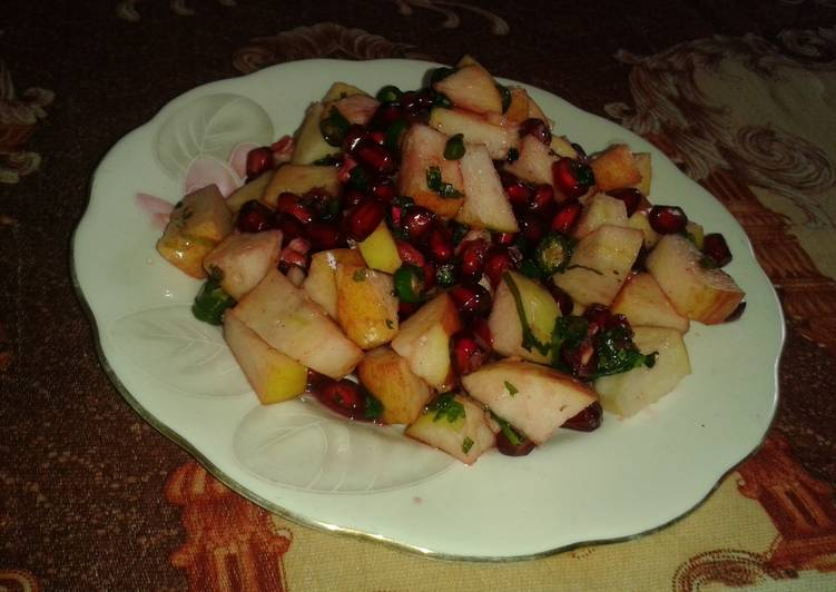 Recipe of Any-night-of-the-week Peanuts and fruit salad