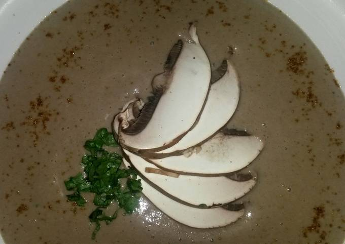 Sig's Bread and Mushroom soup