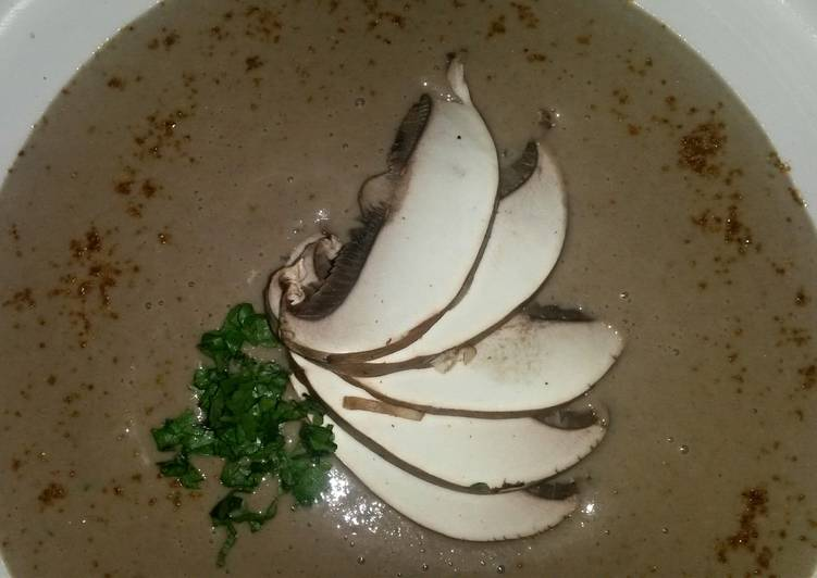 Recipe of Perfect Sig's Bread and Mushroom soup