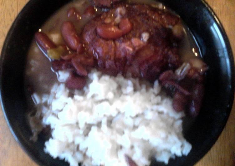 How to Prepare Speedy smilys redbeans n rice & smoked sausage