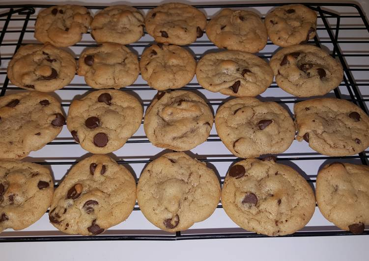 Easiest Way to Make Yummy Miriam Pascal's Best Ever No Butter Chocolate Chip Cookies