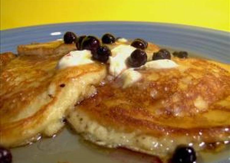 Lemon Cream Cheese Pancakes with Blueberries