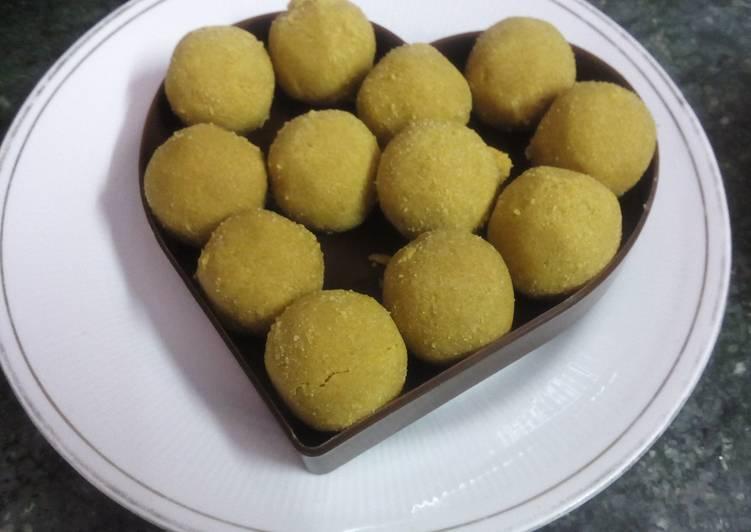 Easiest Way to Prepare Super Quick Homemade Besan Laddu (gram flour or chickpeak flour sugar balls)