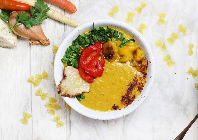 Krem z dyni, pieczonych warzyw i gruszek