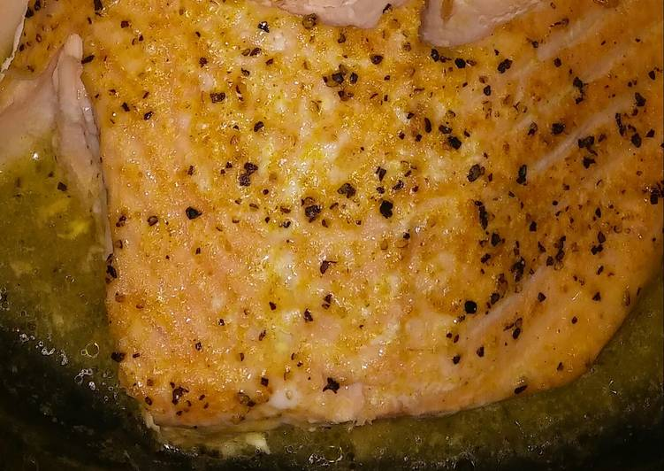 Step-by-Step Guide to Prepare Homemade BgCtGal's Lemon Garlic Butter Salmon