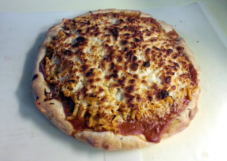 Rob's Slappin' BBQ Pork Pizza