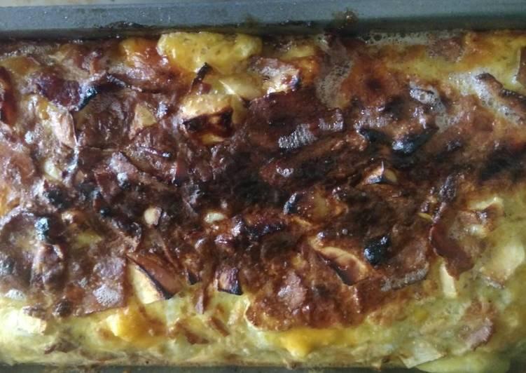 Cheddar Apple Bacon Cornbread Breakfast