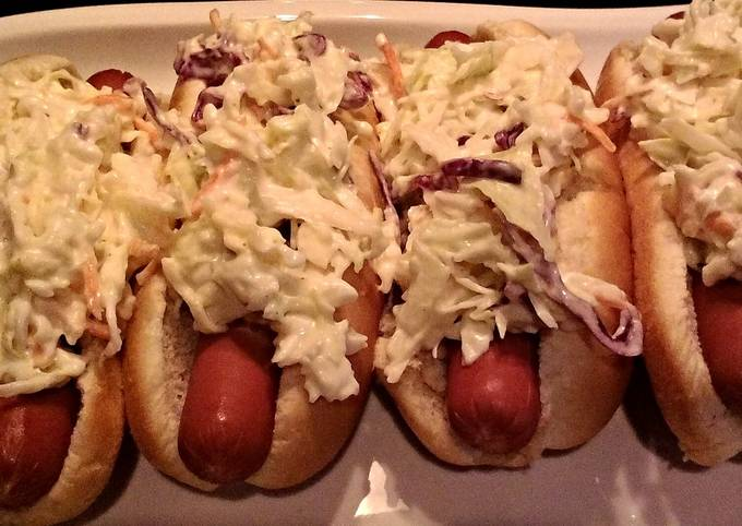 Steamed Hotdogs With Coleslaw