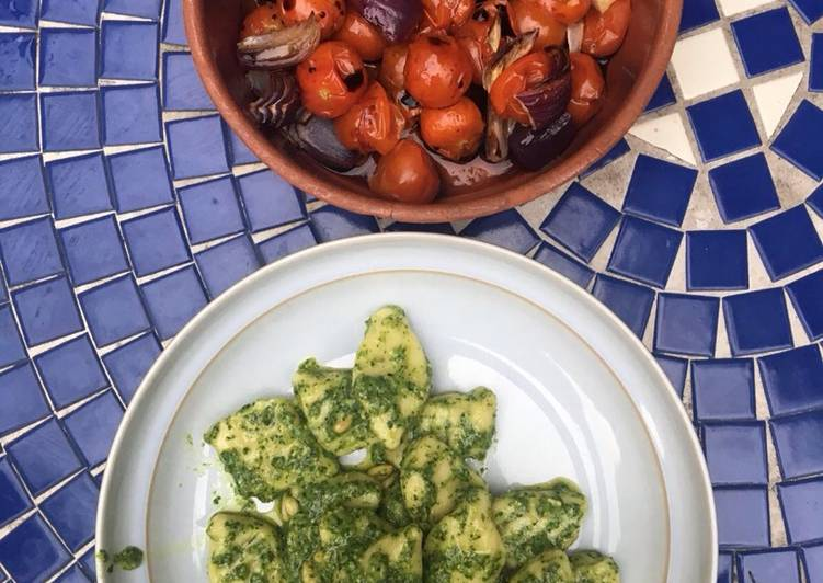 Step-by-Step Guide to Prepare Speedy Gnocchi with basil pesto