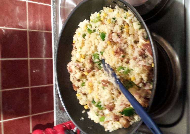 Recipe: Appetizing sausage and bacon risotto