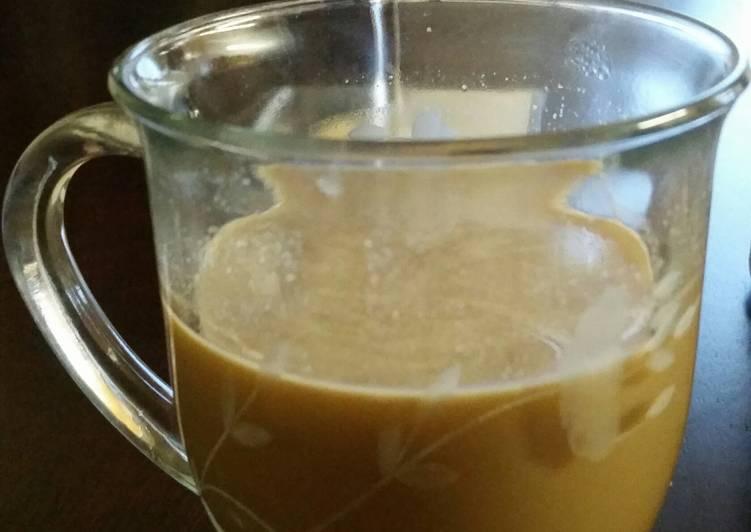 Low carb vanilla frappe