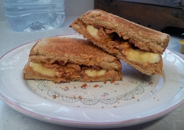 How to Make Yummy Peanut butter banana bacon sandwich