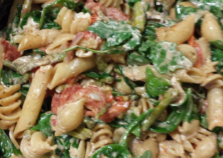 Recipe: Yummy Roasted Asparagus and Cherry Tomato Penne Pasta with Goat Cheese