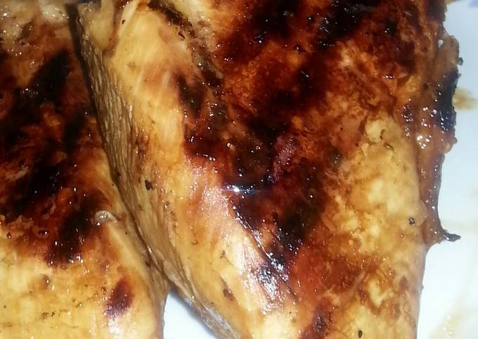 *  Easy Simple Marinated Grilled Chicken. *