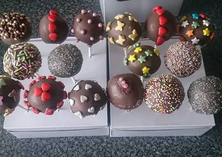 CHOCOLATE CAKE POPS 🍭