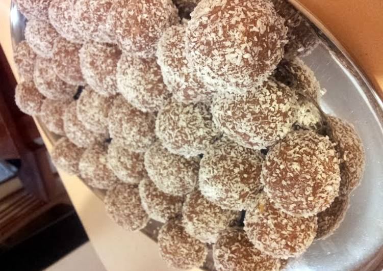 Recipes to Make Ultimate Peppermint Yum Yum Balls