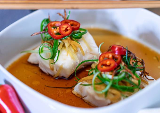 Chinese Cantonese Steamed Fish