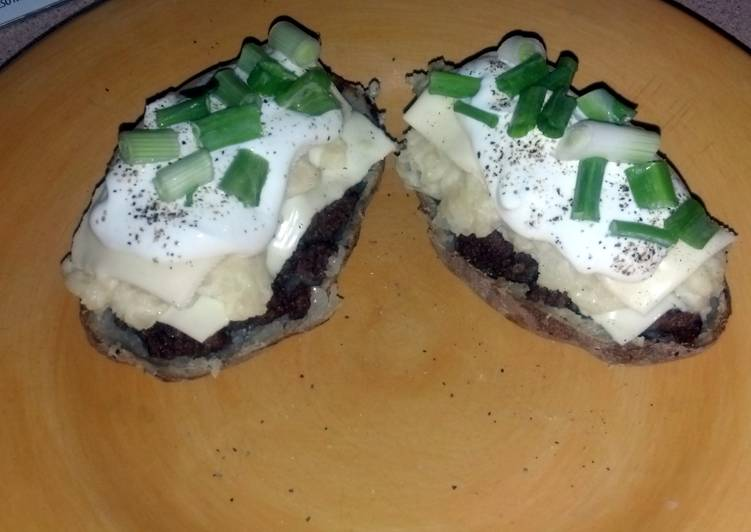 How To Use hamburger stuffed potato skins