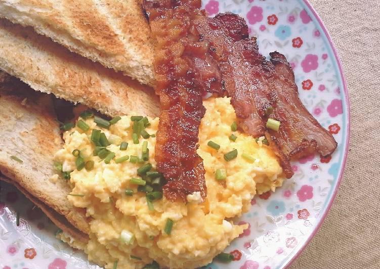 Silken Smooth Scramble Eggs