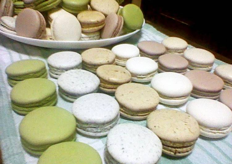 Powdered-Sugar-Free Flavored Macarons
