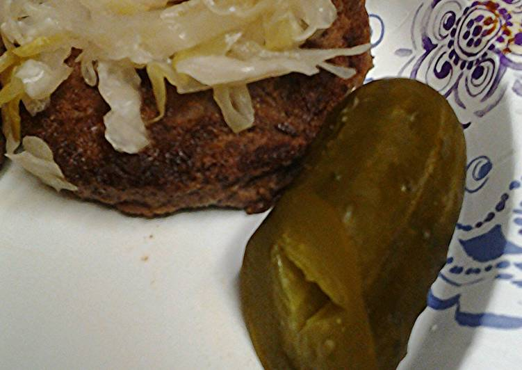 Step-by-Step Guide to Make Super Quick Homemade Sauerkraut on a burger