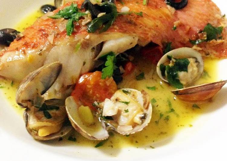 Recipe: Delicious Delicious Acqua Pazza Using Fish Fillets