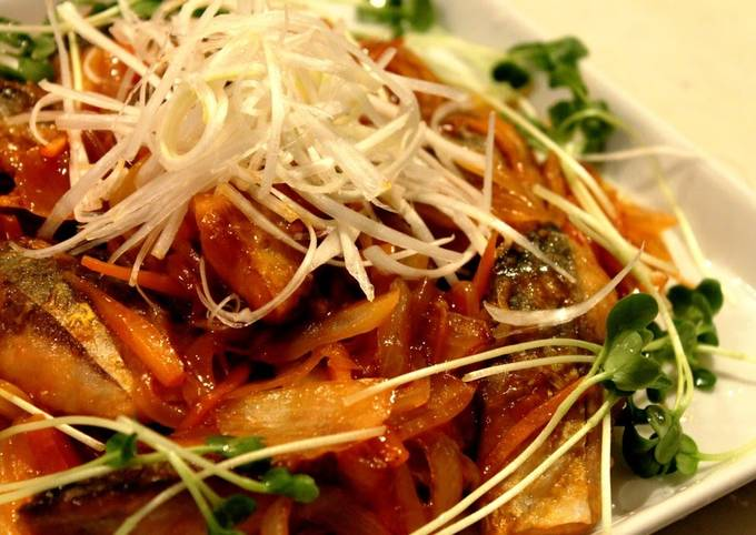 Non-Fried Mackerel with Thick Starchy Sweet and Sour Sauce Just Using a Fry Pan