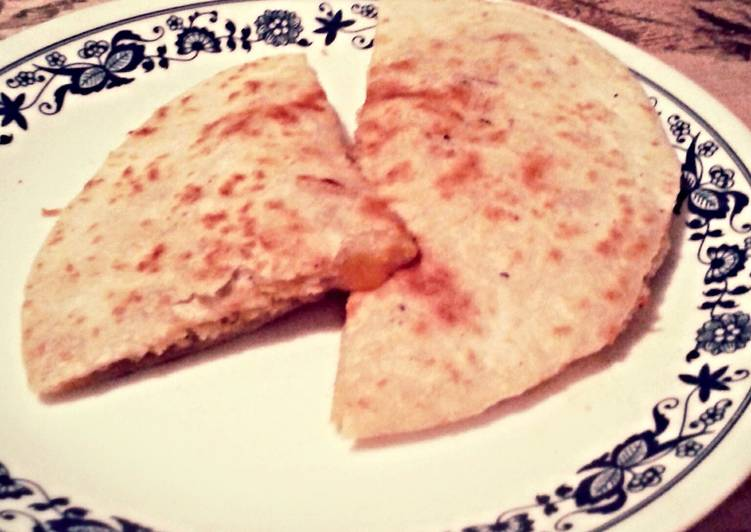 Easy Crisp Quesadilla
