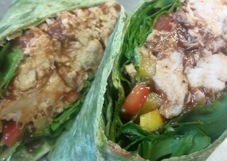 How to Prepare Delicious Shredded BBQ Chicken Wrap