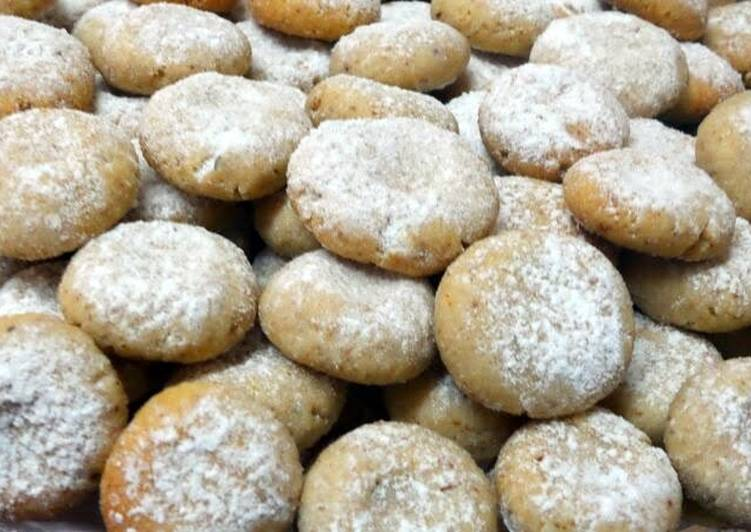 Noor's Almond Cookies