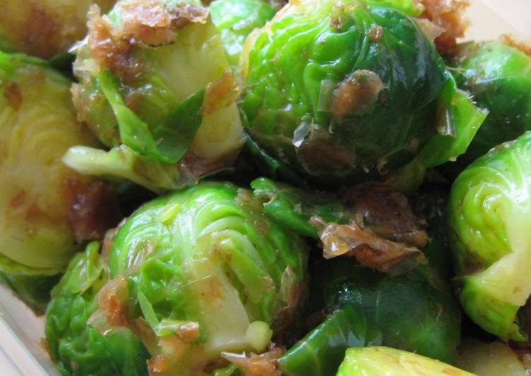 How to Cook Delicious Seasoned Brussels Sprouts with Bonito Flakes