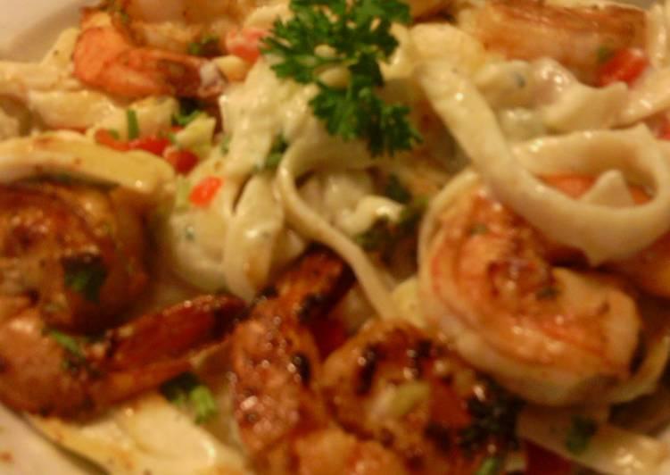 sunshines shrimp and fettucini