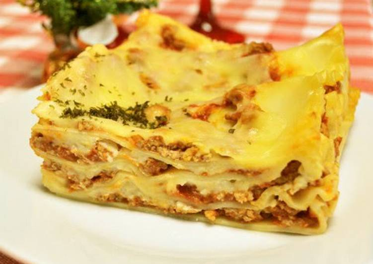 Easiest Way to Prepare Award-winning Lasagna for Christmas Dinner