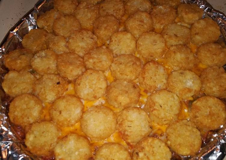 Simple Way to Prepare Perfect Tater crown cheeseburger casserole