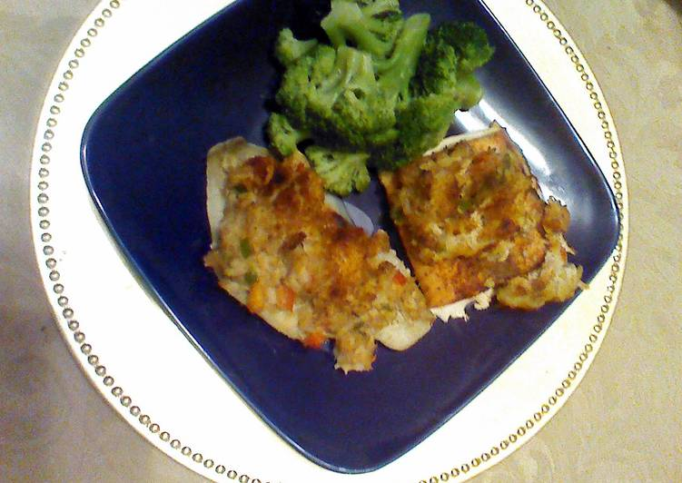 Flounder and/or Salmon topped with shrimp and crab mixture.